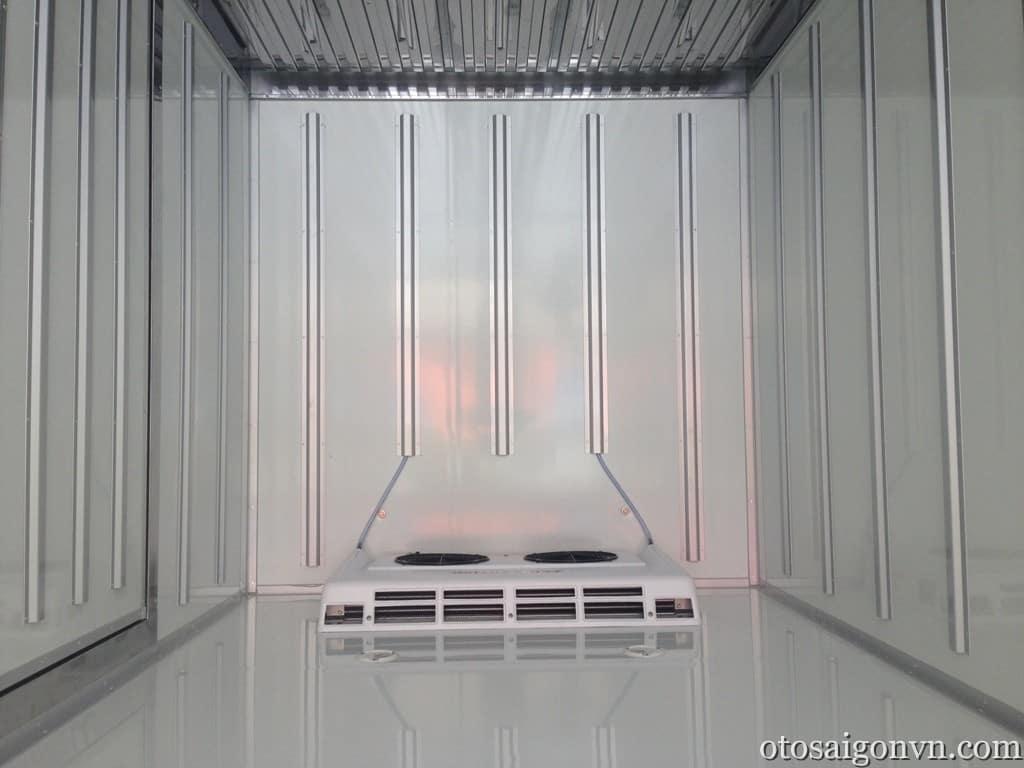 Xe tải hyundai 3,5 tấn hd72 thùng đông lạnh 33