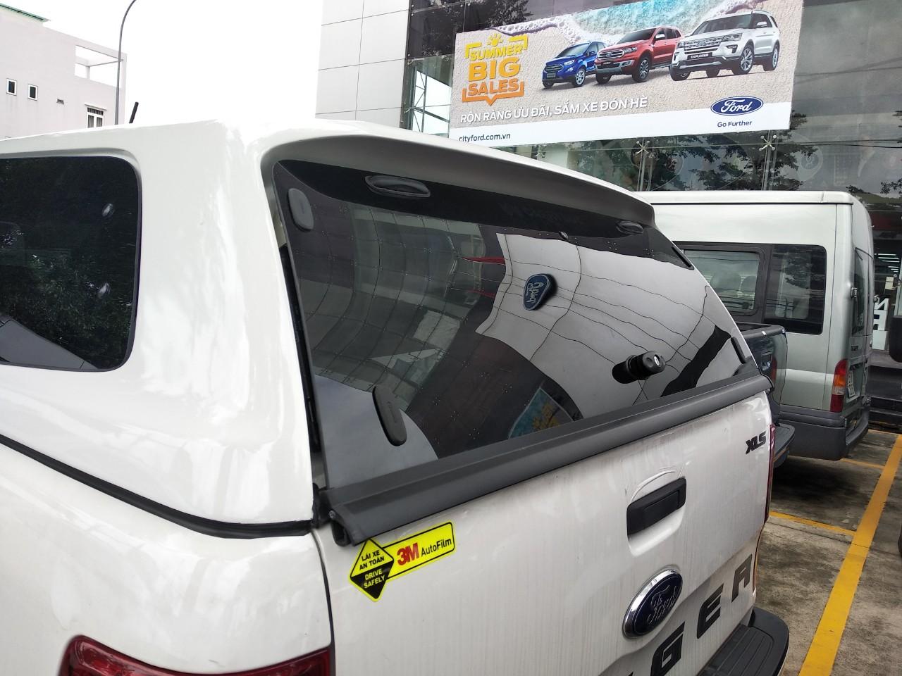 Phụ kiện Nắp thùng Ford Ranger nhập khẩu thái lan chính hãng 39