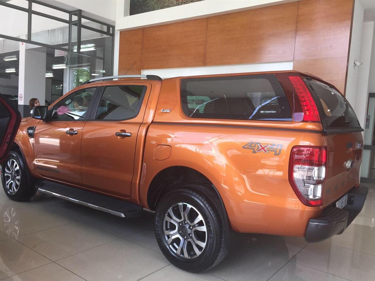 Phụ kiện Nắp thùng Ford Ranger nhập khẩu thái lan chính hãng 31