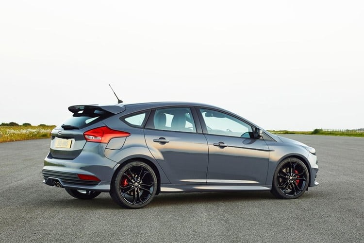 xe ford focus 2015 7