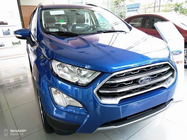 xe ford ecosport mau xanh duong
