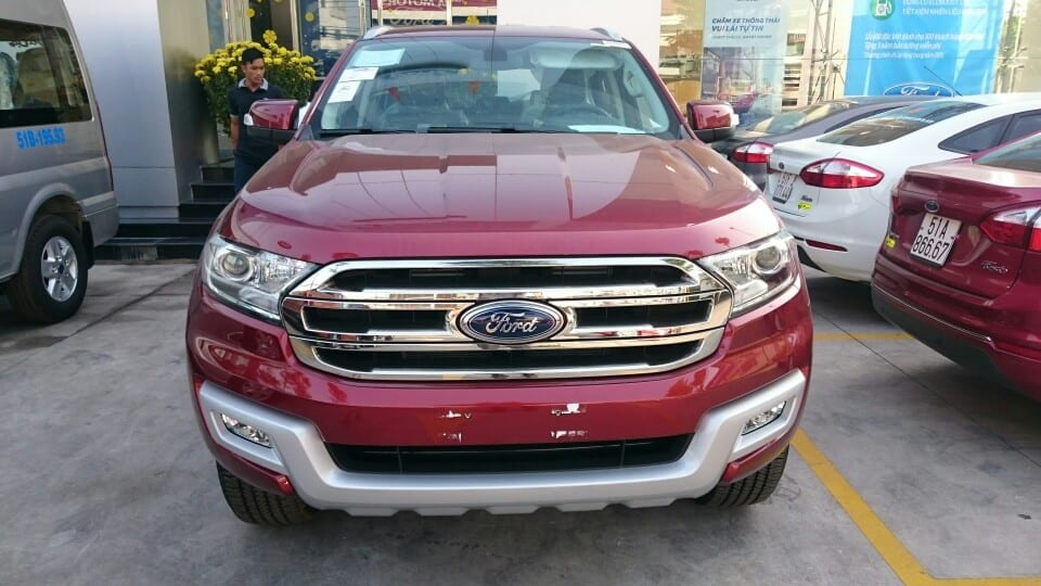 xe ford everest 2017 mau do