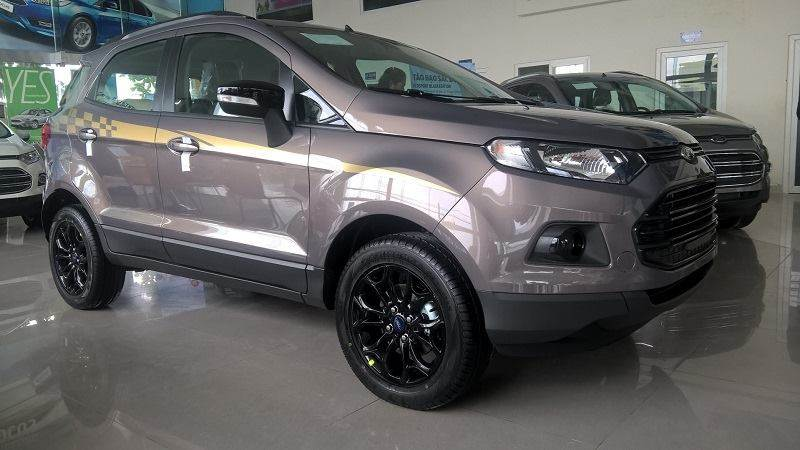 ford-ecosport-titanium-black-edition-1