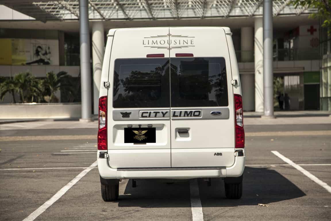 Xe Ford Transit 10 chỗ City Limousine cao cấp kèm giá bán hấp dẫn 27