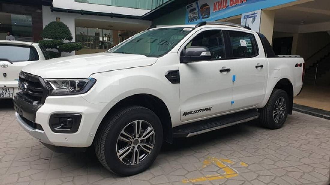 Xe Ford Ranger Wildtrack 2.0L 4x4 AT 2 cầu 39