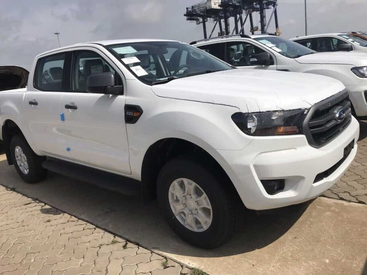 Mua xe bán tải 2019 sẽ tăng thuế trước bạ từ 2 lên 6%, dân tranh thủ mua xe sớm 3