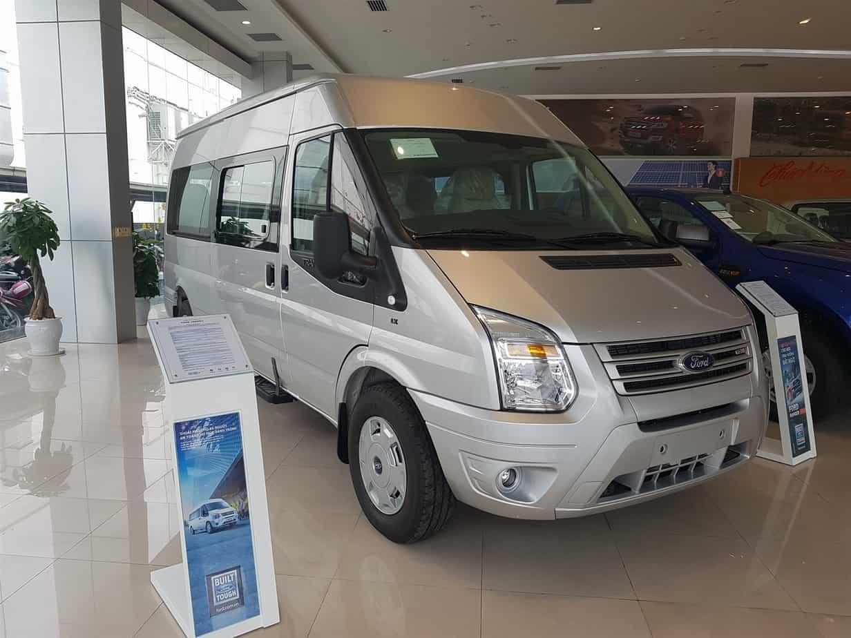 Xe Ford 16 chỗ Transit Luxury 9