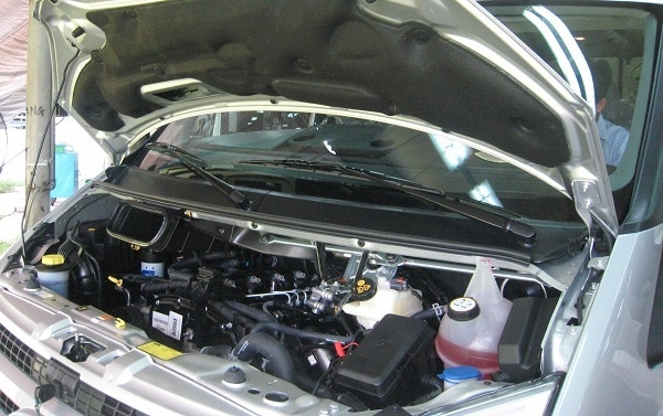 Xe Ford 16 chỗ Transit Luxury 15