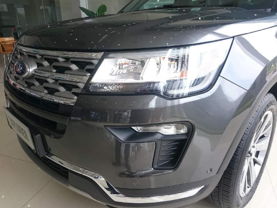 xe ford explorer 2019 mau xam 1