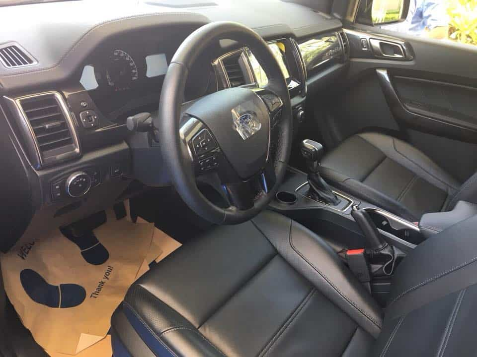 Xe Ford Everest 2019 mới 90