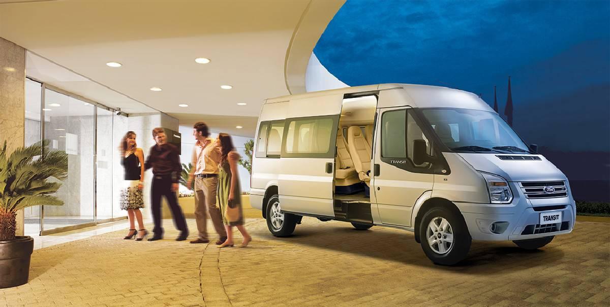 Xe Ford Transit 2019 7