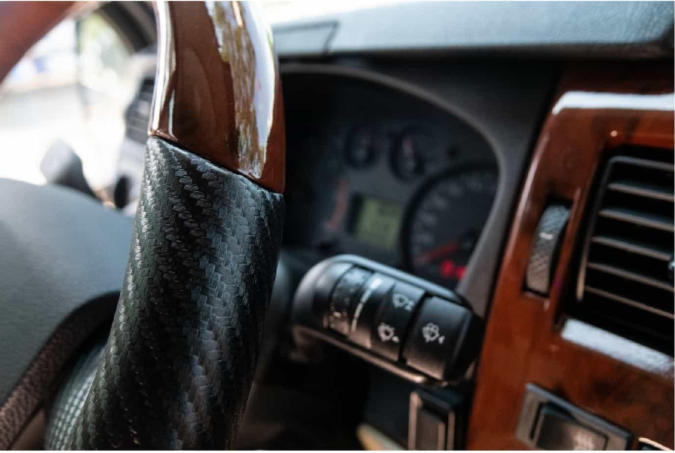 Xe Ford Transit 10 chỗ City Limousine cao cấp kèm giá bán hấp dẫn 39