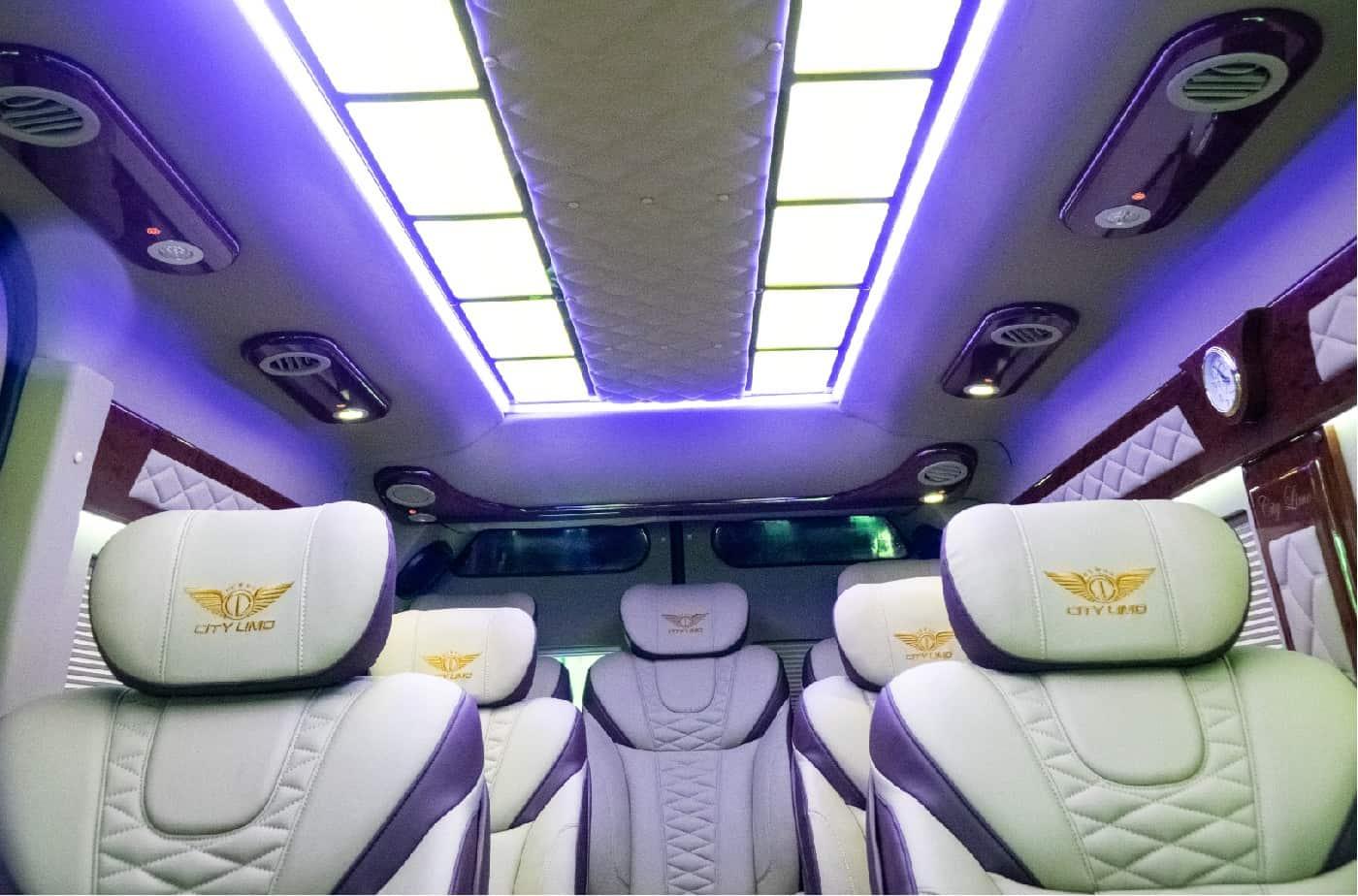 Xe Ford Transit 10 chỗ City Limousine cao cấp kèm giá bán hấp dẫn 36