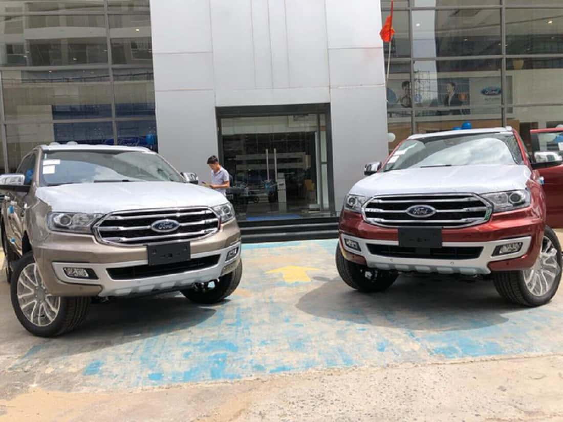 xe ford everest 20l titanium 2019