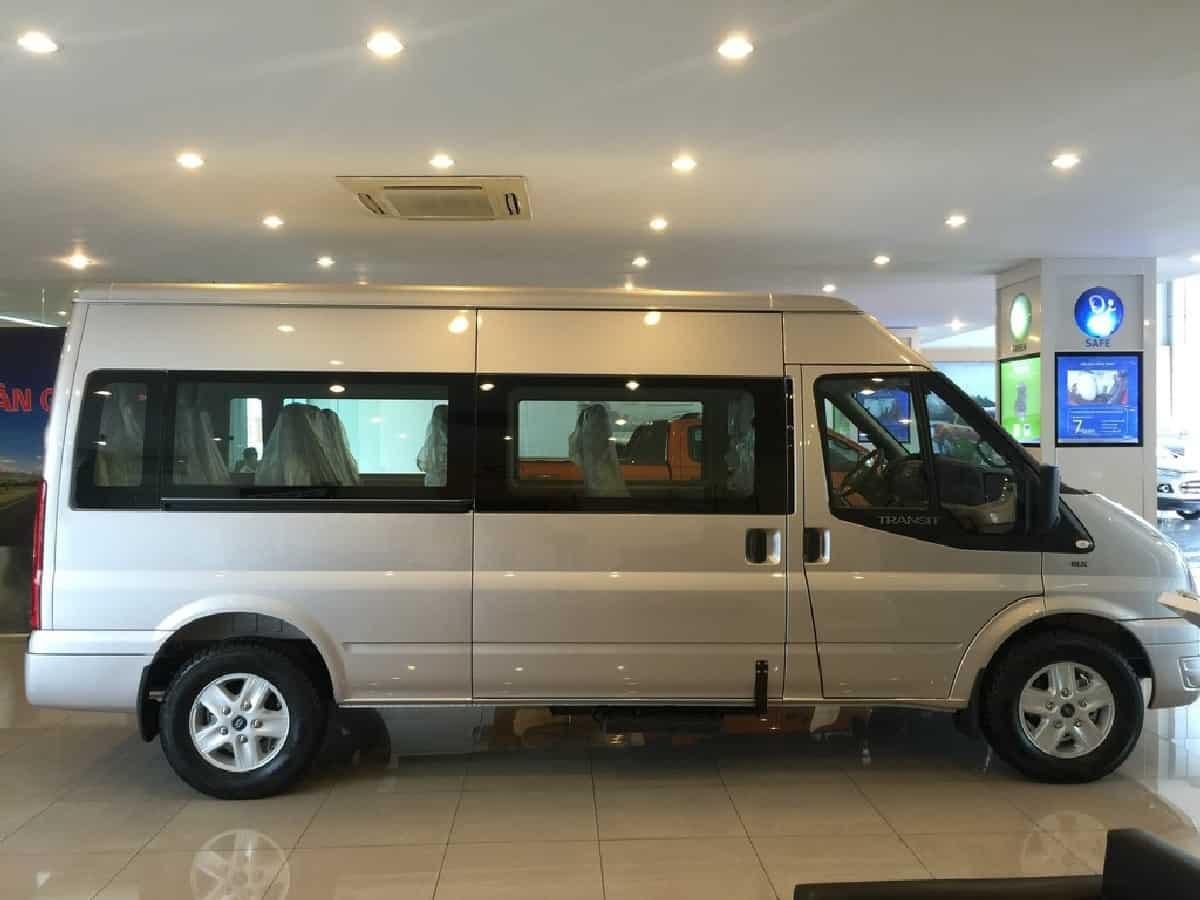 Xe Ford Transit 2019 9