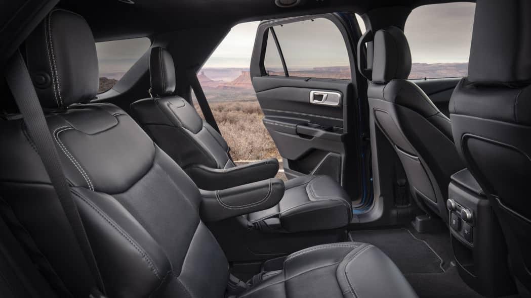 Xe Ford Explorer 2021, Ford 7 chỗ Explorer nhập Mỹ về Việt Nam giá bao nhiêu ? 25