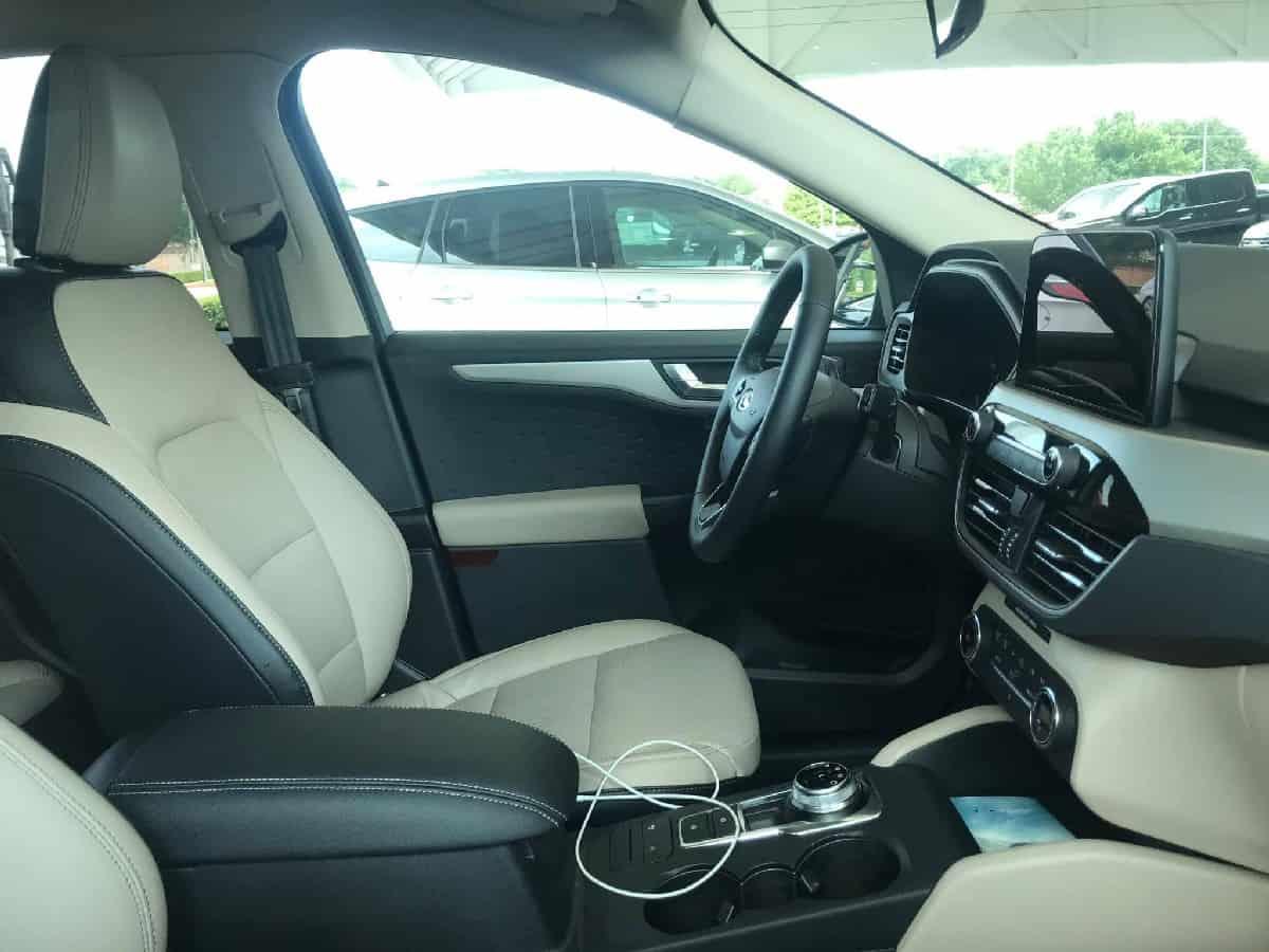 Xe Ford Escape 2020 12