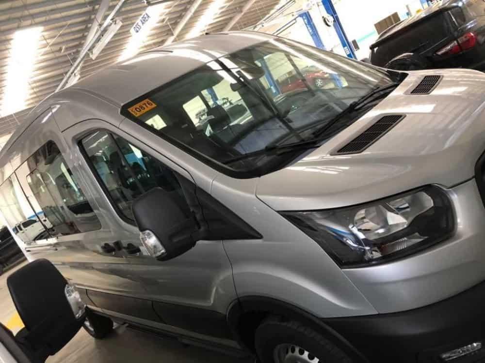 xe ford transit 2020 16 cho 2
