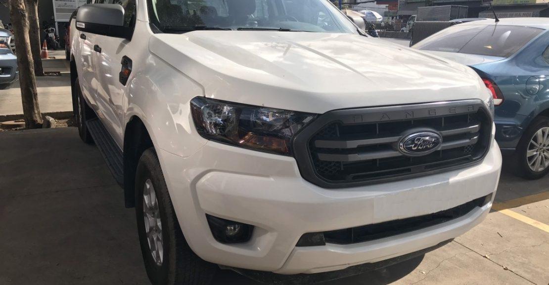 Ford Ranger 1 Cầu Số Tự động XLS 4x2 AT 2020: Trang bị thêm màn hình 8inch cảm ứng mới 1