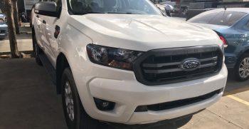 Ford Ranger 1 Cầu Số Tự động XLS 4x2 AT 2020: Trang bị thêm màn hình 8inch cảm ứng mới 5