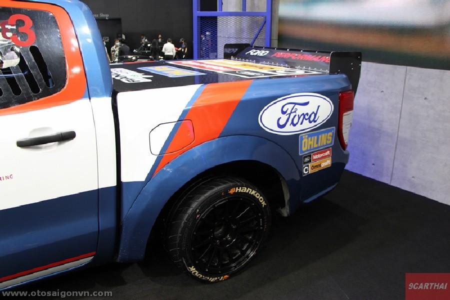 Xe đua Ford Ranger XL Street phiên bản độ Racing 2021 tại Thái Lan. 9