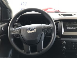 Ford Ranger XLS 2021 mới 17