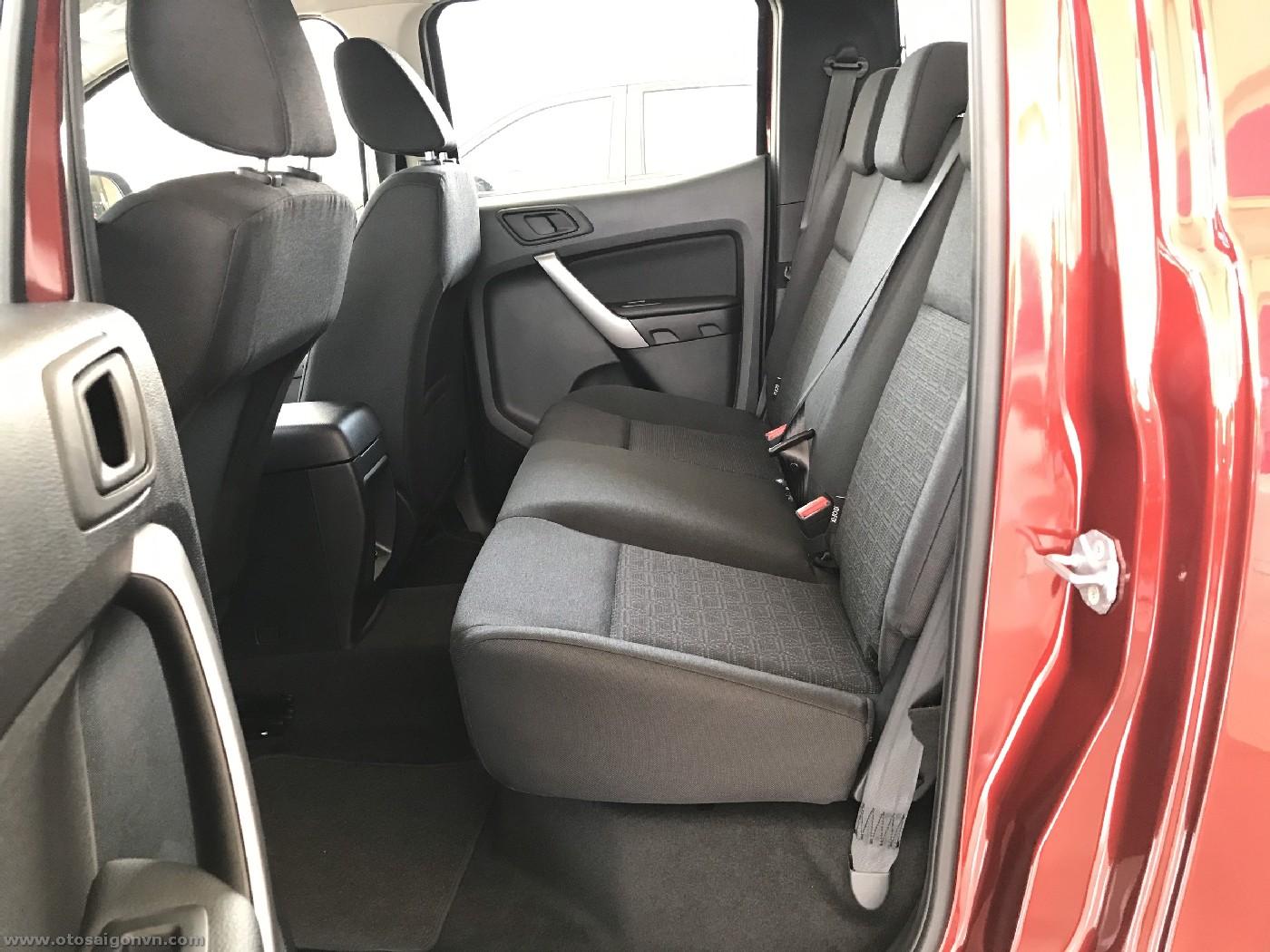 Ford Ranger XLS 2.2L 4x2 AT 2021 1 cầu số tự động mới giao ngay. 22
