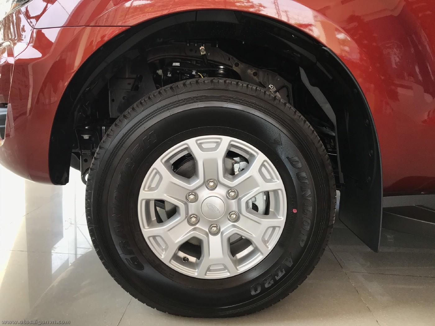 Xe Ford Ranger 1 cầu số sàn 2021 Xls 2.2L 4x2MT 33