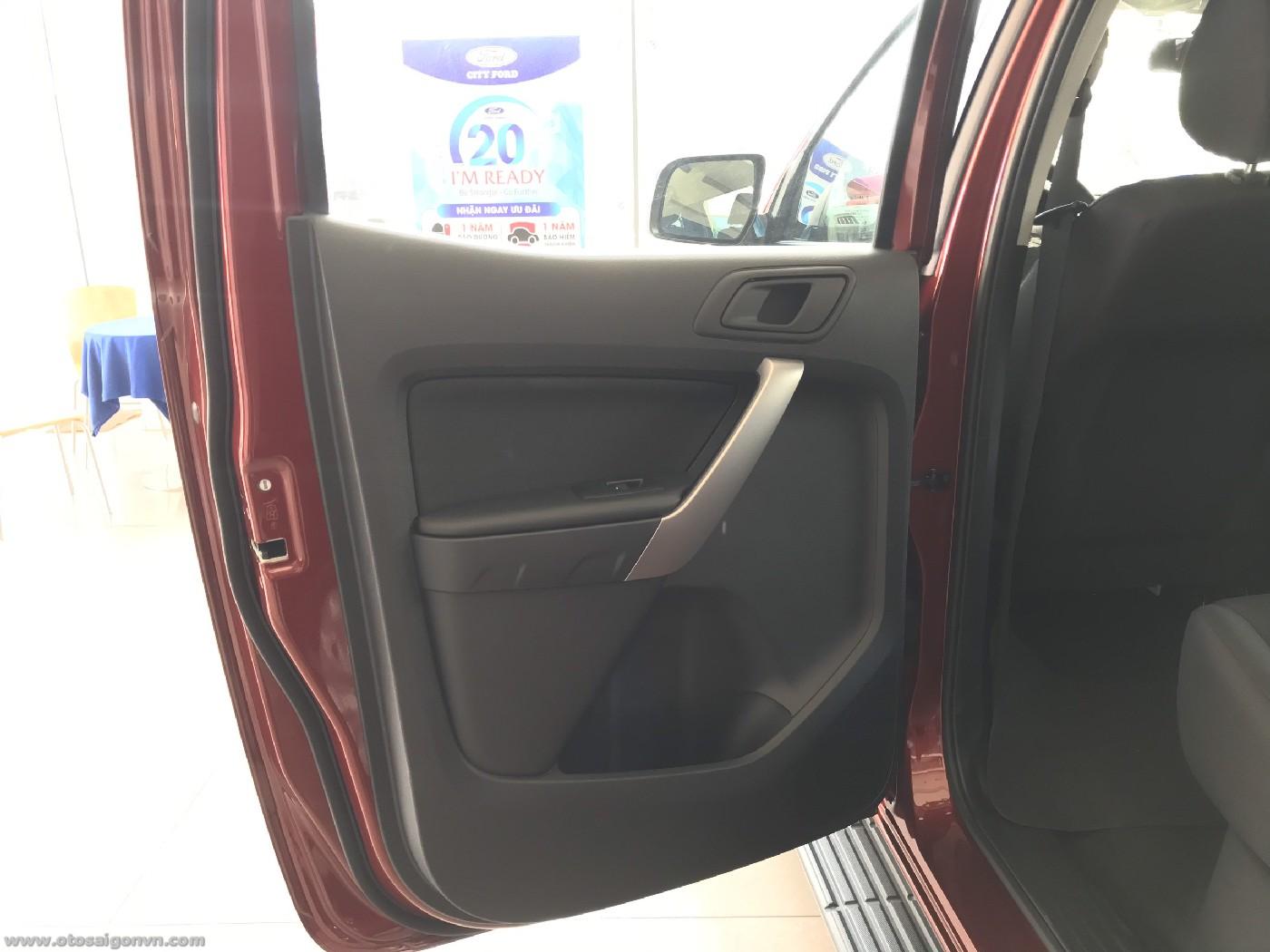 Ford Ranger XLS 2.2L 4x2 AT 2021 1 cầu số tự động mới giao ngay. 24