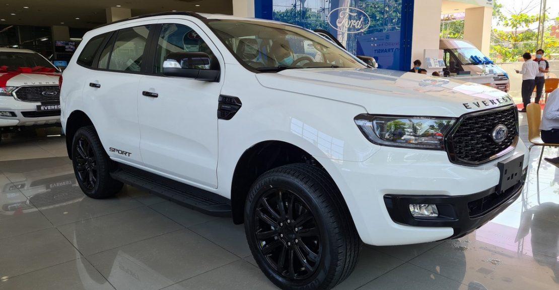 Xe Ford Everest 1 cầu số tự động Diesel 2.0L Turbo 4x2 AT, Thông số, Giá bán mới nhất 1