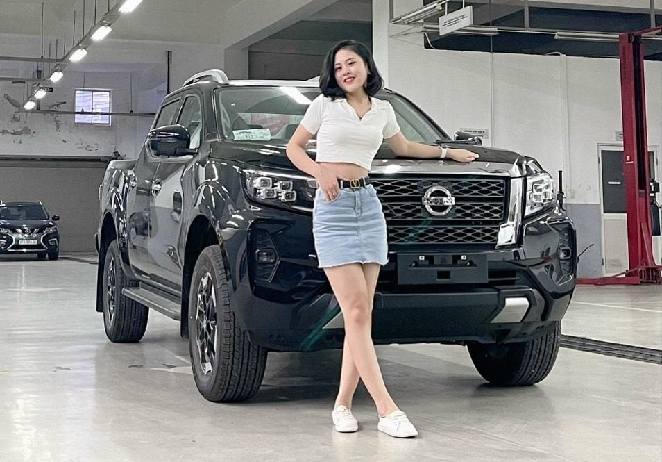 Giá lăn bánh Nissan Navara 2021